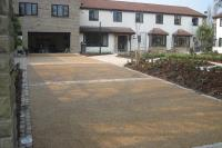 THE BENEFITS OF RESIN BOUND STONE SURFACING