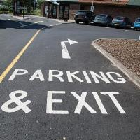 7 WAYS TO IMPROVE CAR PARK SAFETY IN WINTER