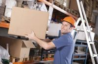 How can I qualify as a Manual Handling Trainer?