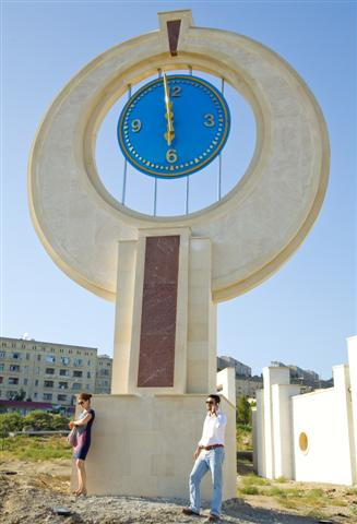 2500mm large exterior clock structure for regeneration scheme in Azerbaijan