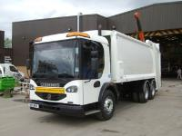 Another refuse vehicle refurbished and repainted for RVS