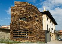Stunning Spanish Library from Used Railway Sleepers