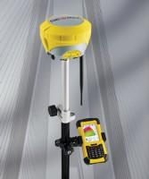 New GeoMax Zenith35 GNSS Receiver