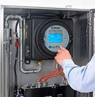 Flexible solution for on-site field verifications for moisture in natural gas analyzers