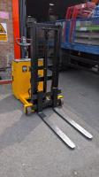 NEW Pedestrian Counterbalance Forklift Available @ Our Bristol Training Centre - Blog