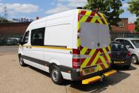 THE NEW EASYCAB. MOBILE, SELF-CONTAINED, HYGIENIC WELFARE FACILITIES