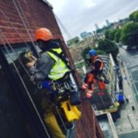 GG Abseil Teams Up With Glazing Refurbishment