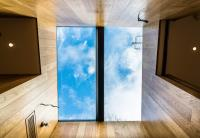 SPECIFYING FRAMELESS ROOFLIGHTS AND ROOF WINDOWS