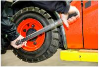 HOW TO CHECK IF YOUR FORKLIFT ATTACHMENTS NEED REPLACING
