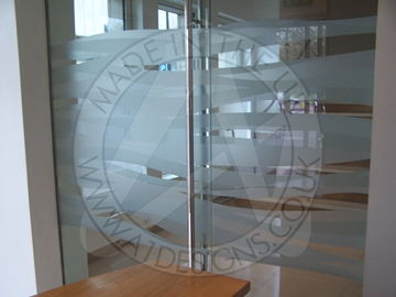 Personalized Vinyl Graphics Solutions UK