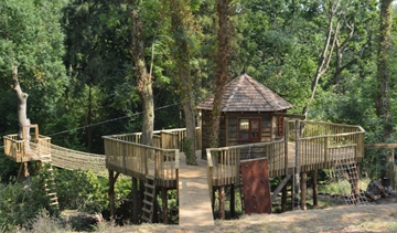 Bespoke Children's Wooden TreeHouse Supplier