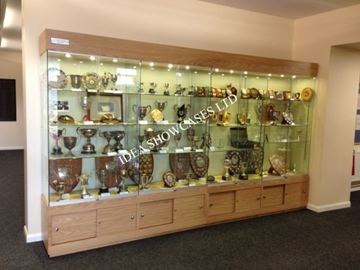 Sports Club Display Cabinet Manufactures