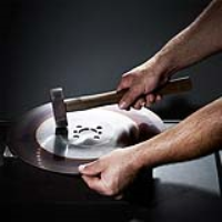 Saw Blade Re-Sharpening Services