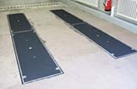 Levelling Plates For Vehicle Support
