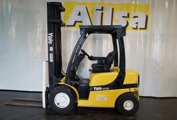 2 Ton Diesel Warehouse Forklifts for Hire