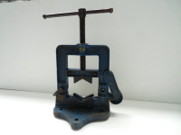 "Used Pipe Vice 6"" Record 96 Hinged"