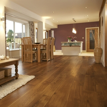 Brushed and Oiled Oak Flooring