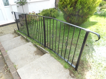 Manufacturer Of Metal Handrails
