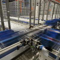 Tote Conveyors For Logistics Applications