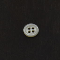 Mother of Pearl Trocas Shell 4 Hole Ring Edge 18 Ligne Shirt Buttons