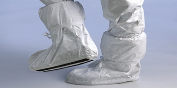 Uk Manufacturers Of Tyvek Overboot With Slip/Ret Sole