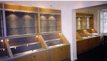 Wooden Display Cabinets For Museums