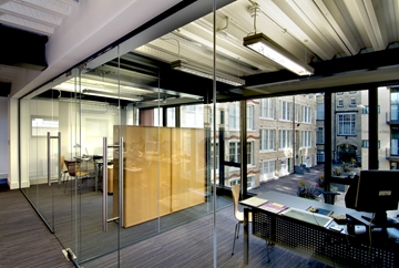 Clearline Frameless Partition System