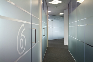 Dry Jointed Frameless Partition System