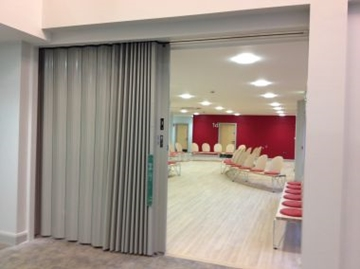 Accordion Fire Doors For Clubs