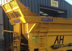 Self Drive Spreader Hire In Kent