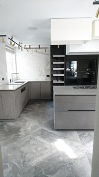 Nationwide Professional Bespoke Kitchen Cabinet Makers