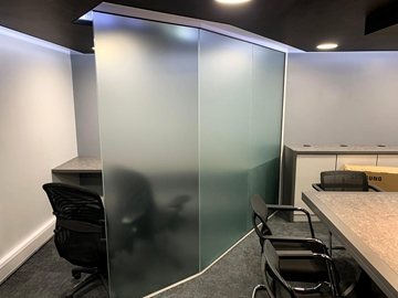 Faceted Glass Partitioning Systems