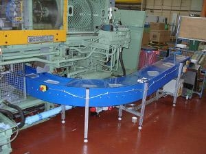 Low Friction Plastic Curved Conveyors