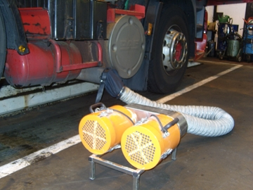 Exhaust Cleaner For Vehicles In Workshops