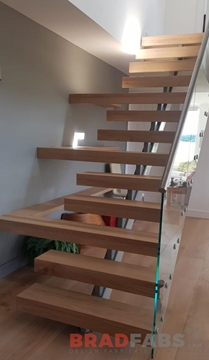 Expert In Straight Staircase Design