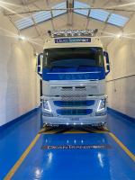 MMA Resin Flooring for Vehicle Showrooms