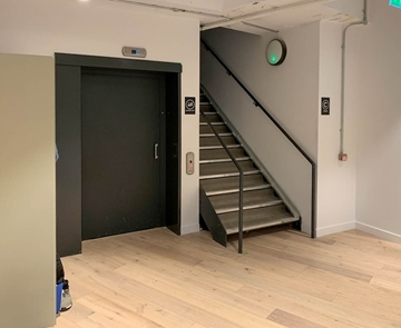 Manufacturers Of Goods Lift For Hotels UK