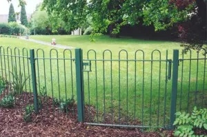 UK Manufacturers Of Bow Top Fencing