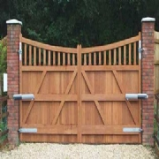 Traditional and Bespoke Gates Design and Installations