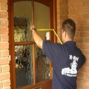 24hr Replacement Glass and Boarding Up Service