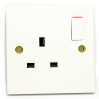13A Single Plug Home Indoor Mains Socket 1 Gang Switched WHITE