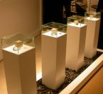 COUNTER HEIGHT DISPLAY SHOWCASES: