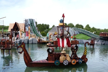 Scenic & Themed Attractions