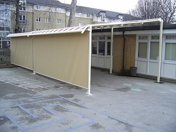 Retractable Plaza System