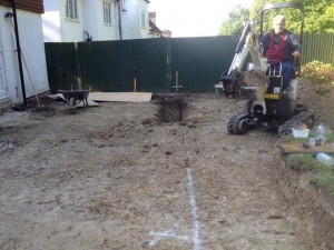 Mini Digger Hire with Operator Driver