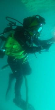 Multi skilled surface diving personnel