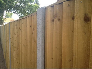Picket Timber Fencing in Reading