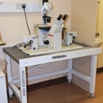 Anti-Vibration Microscope Table