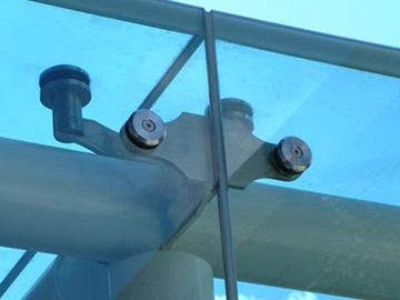 Architectural Glass Fixings for Hotels