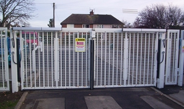 Electric Swing Gate (Up To 4.5m)